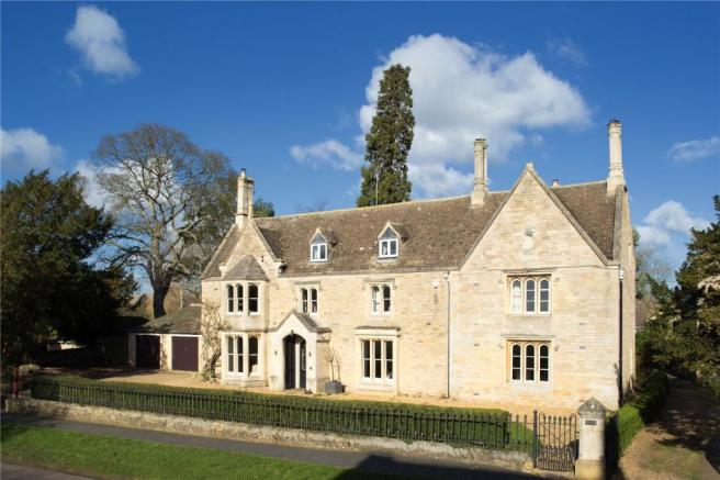 6 bedroom detached house for sale in the priory elton pe8. Black Bedroom Furniture Sets. Home Design Ideas