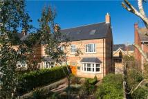 4 bedroom house in New Cross Road, Stamford