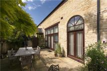 3 bed home in Barons Way, Stamford