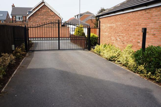 SECURE ENTRY GATES