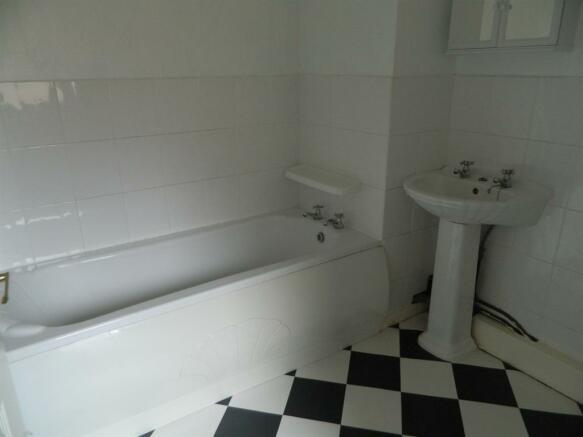 Bathroom - Ground Floor Flat