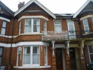 Studio flat in Albany Road, Coventry...