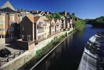 Flat to rent in Clements Wharf Back...