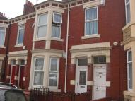 2 bed Flat to rent in Biddlestone Road...