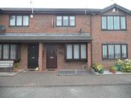 2 bedroom house to rent in Deanscroft Way...