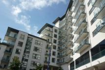 Flat to rent in Exeter Street, Plymouth...