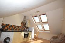 Flat to rent in Lipson Road, Lipson...