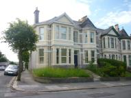 Lipson Road Flat to rent