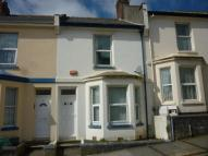 3 bedroom house in Holdsworth Street...