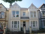 Flat to rent in Connaught Avenue, Mutley...