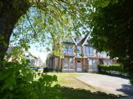 2 bed Flat to rent in Queens Gate, Lipson...