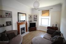 Flat to rent in Hyde Park Road, Plymouth...