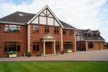 6 bedroom Detached home for sale in Penn Lane...
