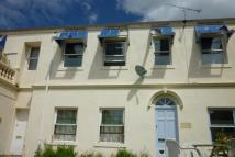 Flat to rent in Bishop Court Hotel Lower...