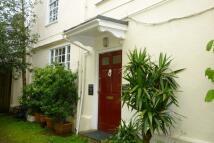 1 bedroom Flat in High Street, Totnes, TQ9