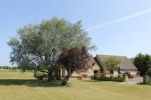 Detached property in Eynsham, Witney