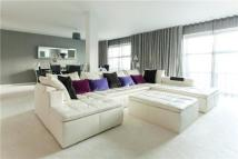 Flat for sale in Park View...