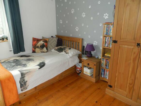 Bedroom 2 Photo 2