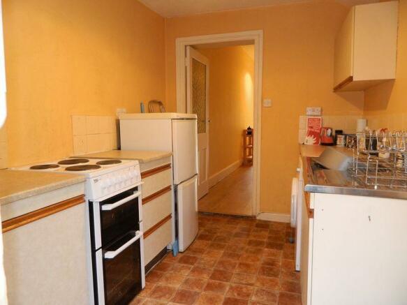 Kitchen Photo 1