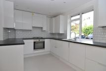 3 bedroom Flat to rent in Peterborough Road, Fulham