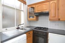 Studio apartment to rent in Castletown Road, W14