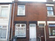 2 bed house to rent in Evans Street, Burslem...