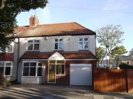 4 bedroom semi detached house to rent in Kings Road, Whitley Bay...