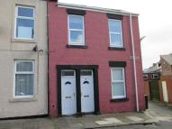 Flat to rent in Henry Street...