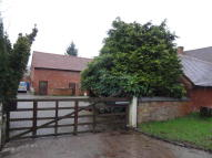 Barn Conversion to rent in Illshaw Heath Road...