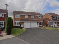 Woodbury Grove semi detached property to rent