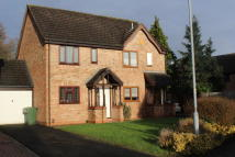Cherry Walk semi detached house to rent
