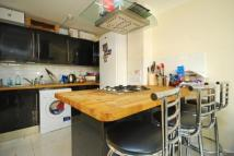 3 bed home in East Ferry Road, London...