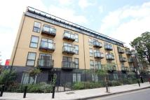 2 bedroom Flat to rent in Shore Road, Hackney, E9
