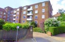 3 bedroom Penthouse in Heathway Court...