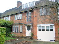 property to rent in Middleway, Hampstead Garden Suburb, NW11