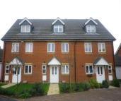 3 bedroom Town House to rent in Furfield Chase, Maidstone