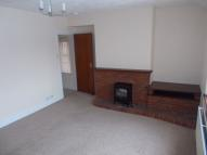 Flat to rent in Vale Road, Rhyl...