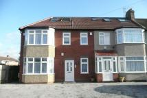Flat to rent in Coniscliffe Road, London...