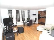 2 bedroom Apartment in Royal Drive, London, N11