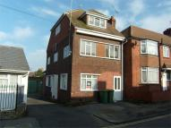 2 bedroom Flat to rent in Epps Road, SITTINGBOURNE...