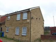 1 bedroom Studio flat in Whimbrel Close...