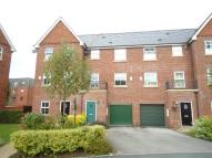 3 bed property in Holywell Drive...