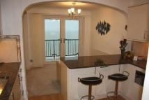 3 bed Flat to rent in Sandgate, Kent
