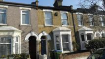2 bed house to rent in Chichester Road...