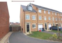 3 bed semi detached house to rent in Morse Way, Desborough...