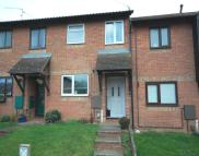 2 bedroom Town House in Kingfisher Way...