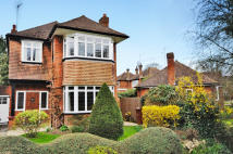 3 bedroom Detached home to rent in Moss Close, Pinner...