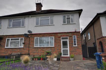 1 bed Maisonette to rent in Holwell Place, Pinner...