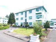2 bedroom Apartment in Elm Park Road, Pinner...