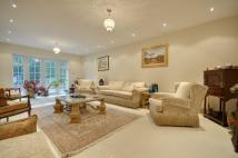 7 bedroom Detached property in Halland Way, Northwood...